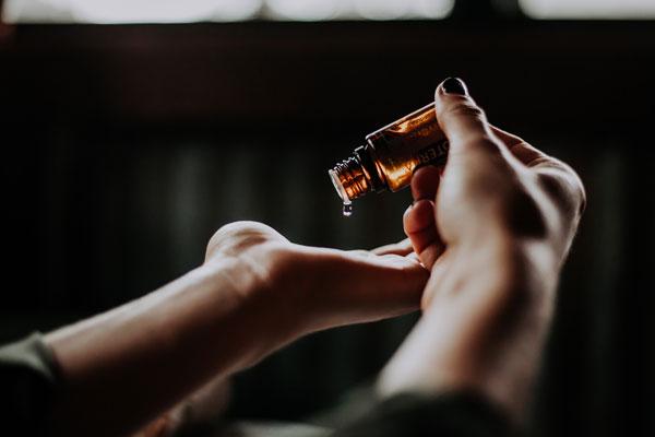 Ätherische Öle Chakren reinigen und öffnen